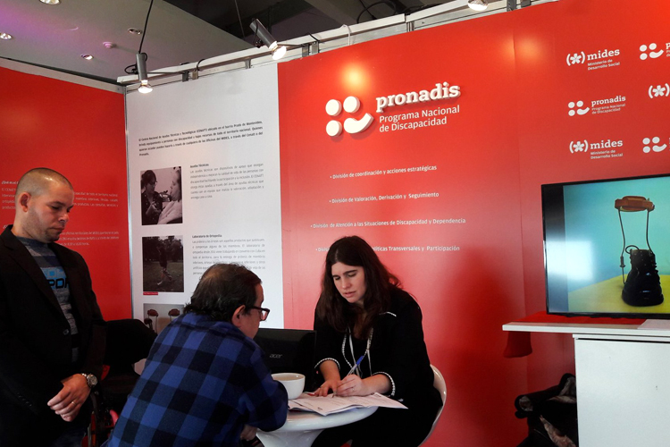 Estand de Pronadis en la DiWeek